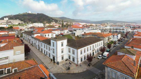 Concluída rotunda que liga zona industrial a porto de mar de Viana do Castelo