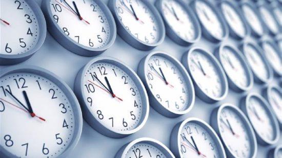 Relógios atrasam uma hora na madrugada de domingo