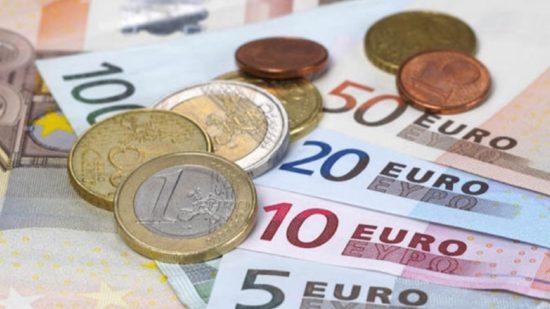 Banca prepara mais saídas de trabalhadores e fecho de agências