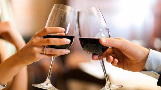 Estudo europeu conclui que consumo de vinho aumentou durante confinamento