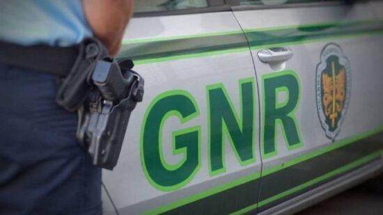 Monção: GNR detém homem de 50 anos por violência doméstica