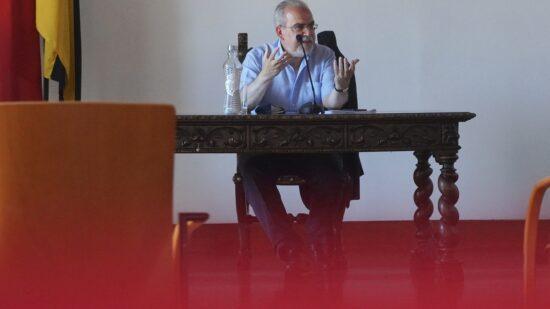 Presidente da Câmara Municipal de Viana do Castelo apela à contenção nas cerimónias religiosas nos cemitérios