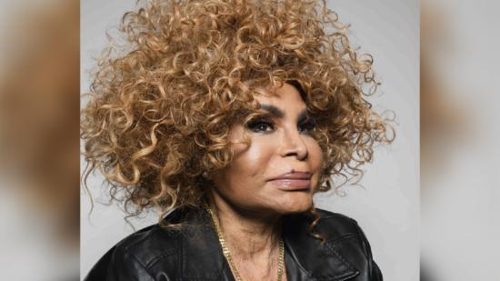 Elza Soares lança novo single aos 90 anos