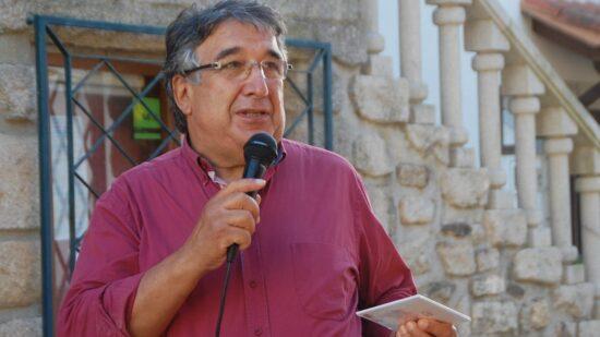 Alberto Rego desafia mulheres vianenses a trajarem nos dias da Romaria d'Agonia