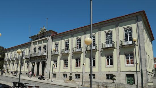 Suspeitos de tráfico de droga julgados em Viana do Castelo com segurança reforçada