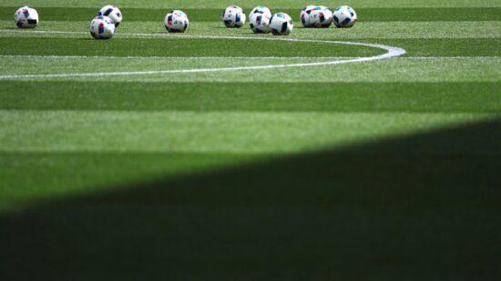 Estudo: Dois em cada três futebolistas não sabe o que fazer após acabar a carreira